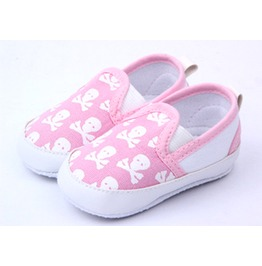 Baby Girl Shoes Pink And White Skulls Crossbones Pirate Gift Of Birth 0 To 6 Months