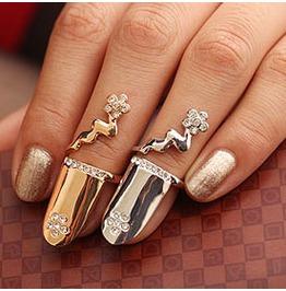 Fingernail Ring Topaz Crystals Flower Gold