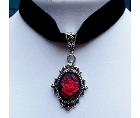 gothic_victorian_steampunk_black_velvet_red_rose_cameo_choker_necklaces_2.jpg