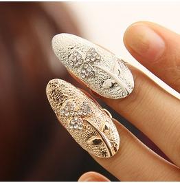Fingernail Ring Lucky Clover Gold
