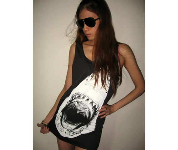 shark_the_largest_fish_in_the_world_punk_rock_pop_tank_top_m_t_shirts_3.jpg