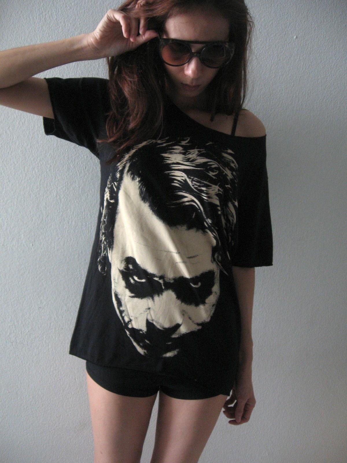 joker_vintage_pop_rock_hand_cut_t_shirt_m_t_shirts_3.JPG