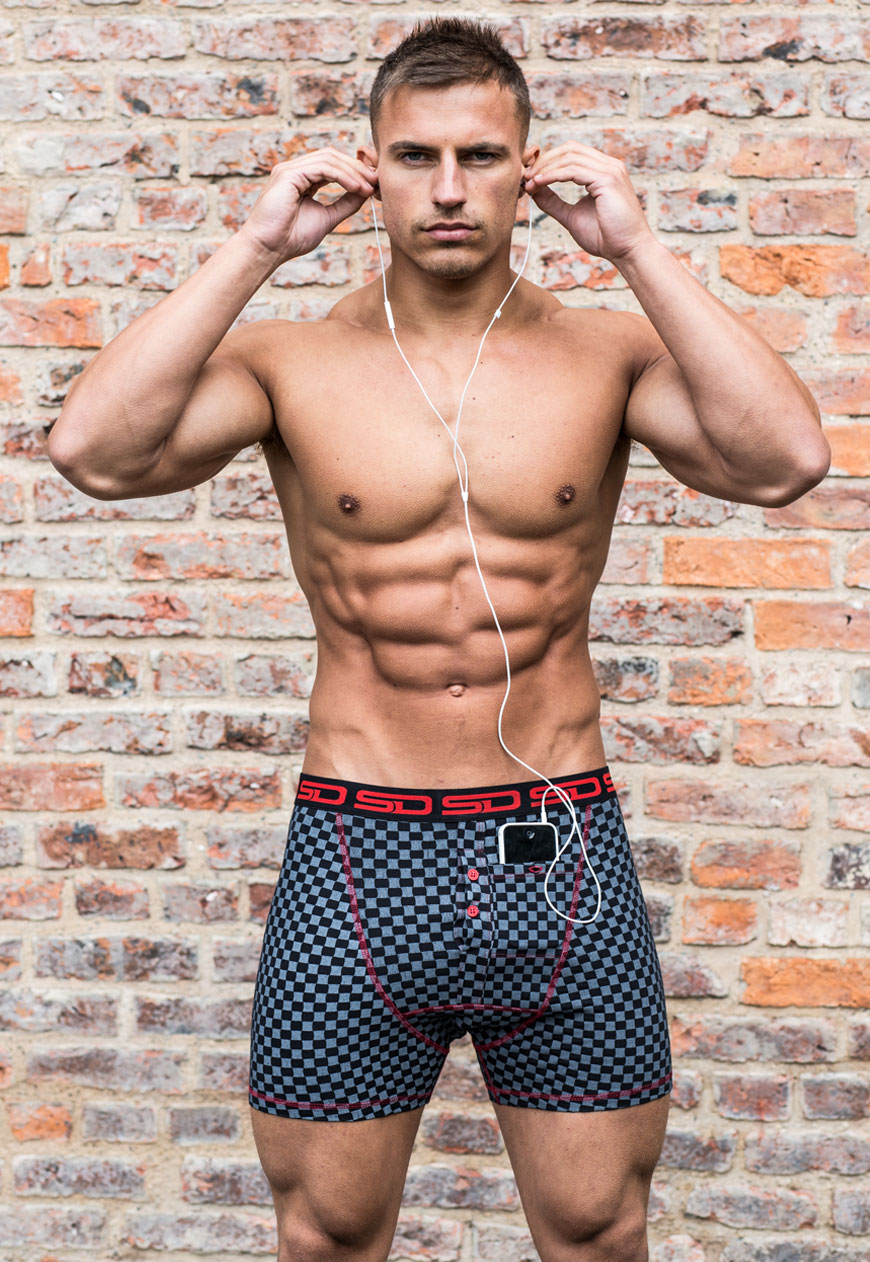 carbon_check_smuggling_duds_boxer_shorts_underwear_2.jpg