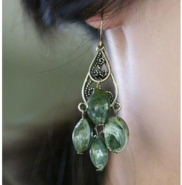 Unique Stone Beaded Long Earring Green Per Pair
