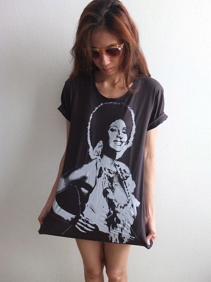 pam_grier_funk_soul_sister_70s_black_film_t_shirt_m_shirts_3.JPG