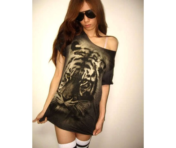 tiger_animal_new_wave_punk_rock_wolf_t_shirt_low_cut_m_shirts_3.JPG