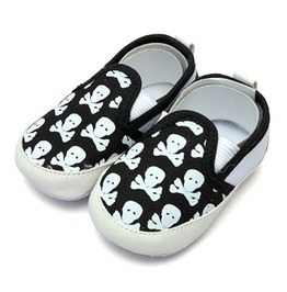 Unisex Baby Shoes Black White Skulls Crossbones Pirate Gift Birth Size S