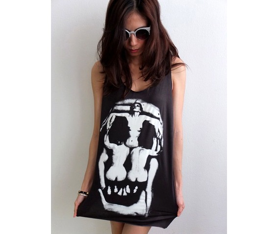 goth_human_skull_salvador_dali_surreal_pop_art_fashion_rock_tank_top_m_standard_tops_3.JPG