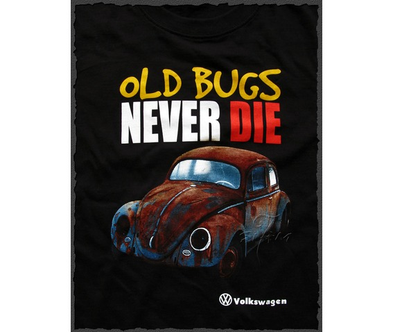 Volkswagen_Old_Bugs_Never_Die_Retro_T-shirt_NWT_close.jpg