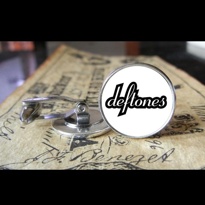 deftones_1_new_logo_cuff_links_men_weddings_grooms_groomsmen_gifts_dads_graduations_cufflinks_5.jpg