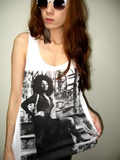 pam_grier_funk_soul_sister_70s_black_film_tank_top_m_tanks_tops_and_camis_4.jpg