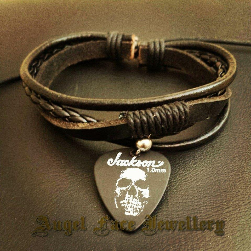 simple_layered_bracelet_jackson_skull_pick_bracelets_2.jpg