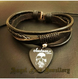 Simple Layered Bracelet Jackson Skull Pick