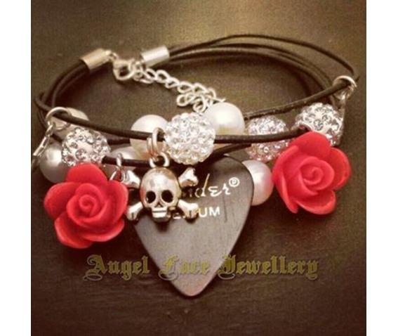 leather_strand_bracelet_swarovski_crystal_skull_detail_bracelets_2.jpg