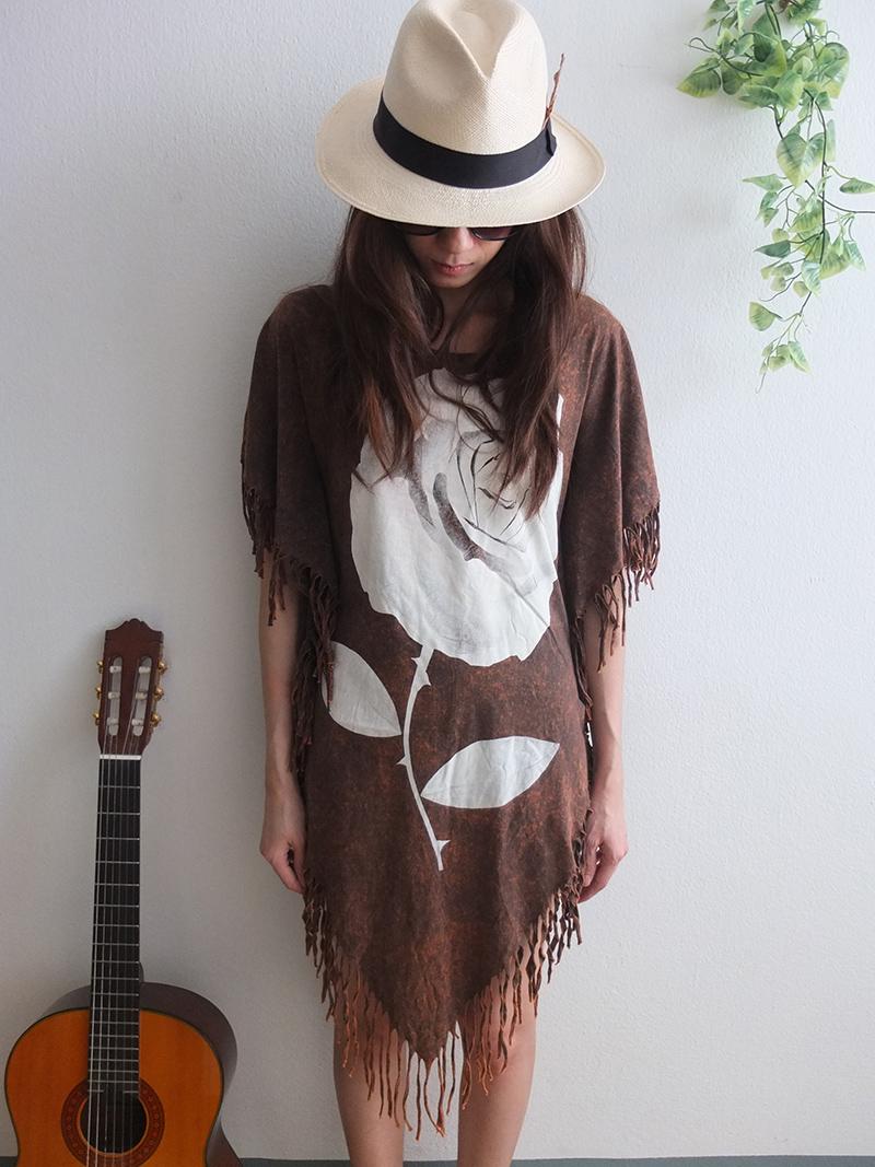 roses_hippie_batwing_tussle_fringes_stone_wash_poncho_dress_style_dresses_8.jpg