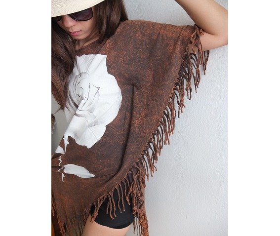 roses_hippie_batwing_tussle_fringes_stone_wash_poncho_dress_style_dresses_8.jpg