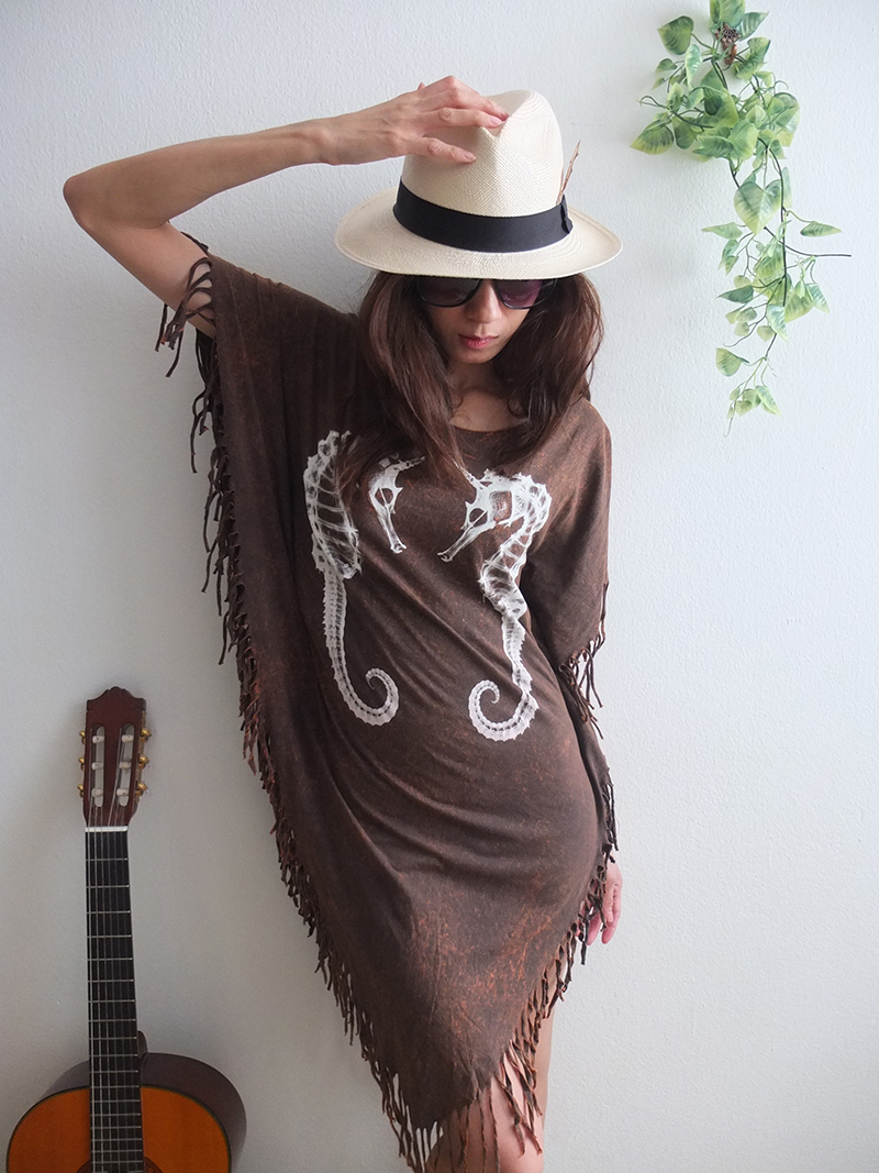 seahorse_animal_new_wave_punk_hippie_batwing_tussle_fringes_stone_wash_poncho_dress_style_dresses_5.jpg