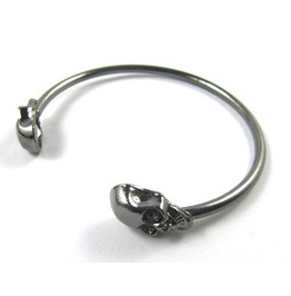 Punk Style Rock Skull Metal Bracelet Cuff Wrist Cool Vintage Bangle Bangle Gun Black Color