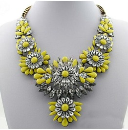 Hot Selling Mixed Style Chain Crystal Flower Bib Big Statement Necklace Trendy Yellow Color