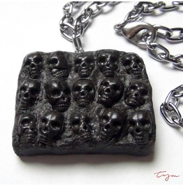 Wall Skulls Pendant Necklace