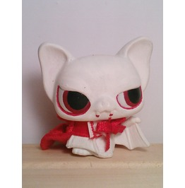 "Littlest Freak Show ""Albino Vampire Bat"""