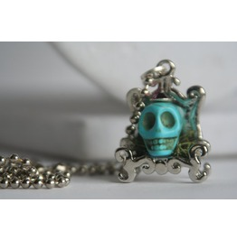 Turquoise Skull Mossy Chair