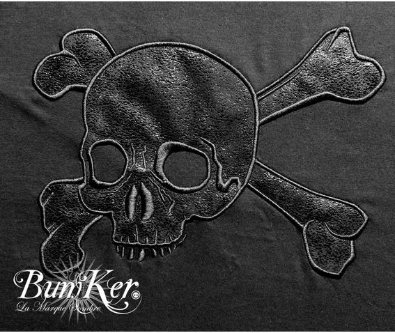 embroidered_black_tee_shirt_used_vinyl_skull_t_shirts_4.jpg