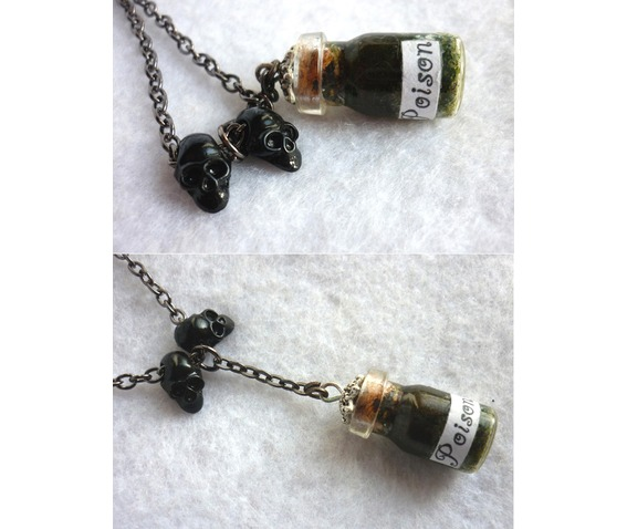 poison_long_necklace_gothic_macabre_skull_wicca_witch_wiccan_esoteric_vial_necklaces_6.jpg