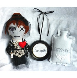 Kit Poisoner Girl Black Widow Serial Killer Psychopath Sociopath Gothic Dark Doll Gift Set Macabre Arsenic Poison Weird Oddities