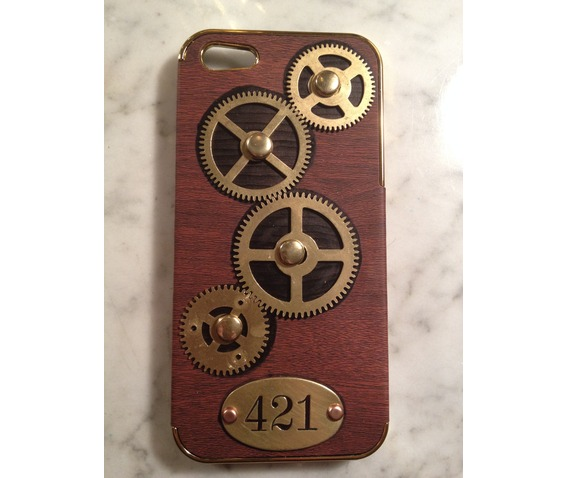 i_gearz_hand_made_apple_i_phone_5_5_s_steampunk_neo_victorian_case_brass_gears_spin_421_phone_cases_8.JPG