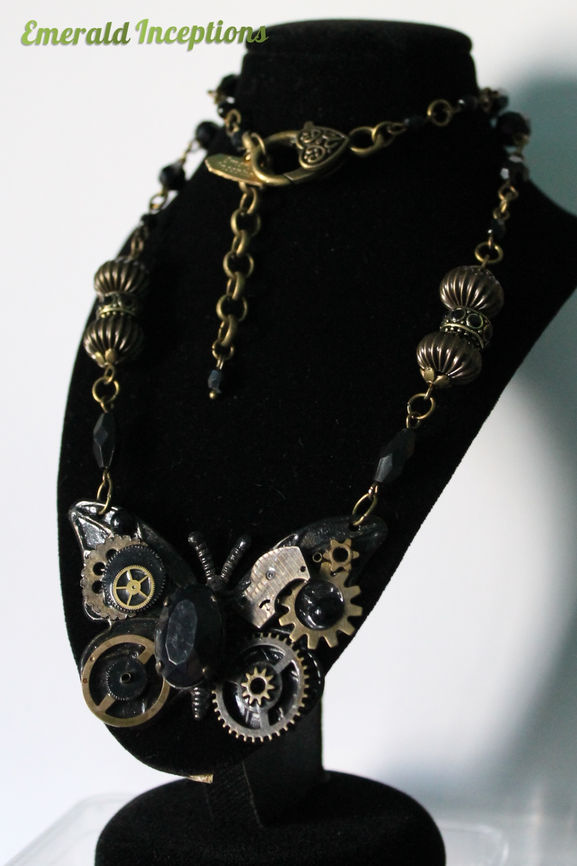 steampunk_butterfly_necklace_black_conqueror_wings_necklaces_3.JPG