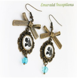 Alice Cameo Wonderland Earrings
