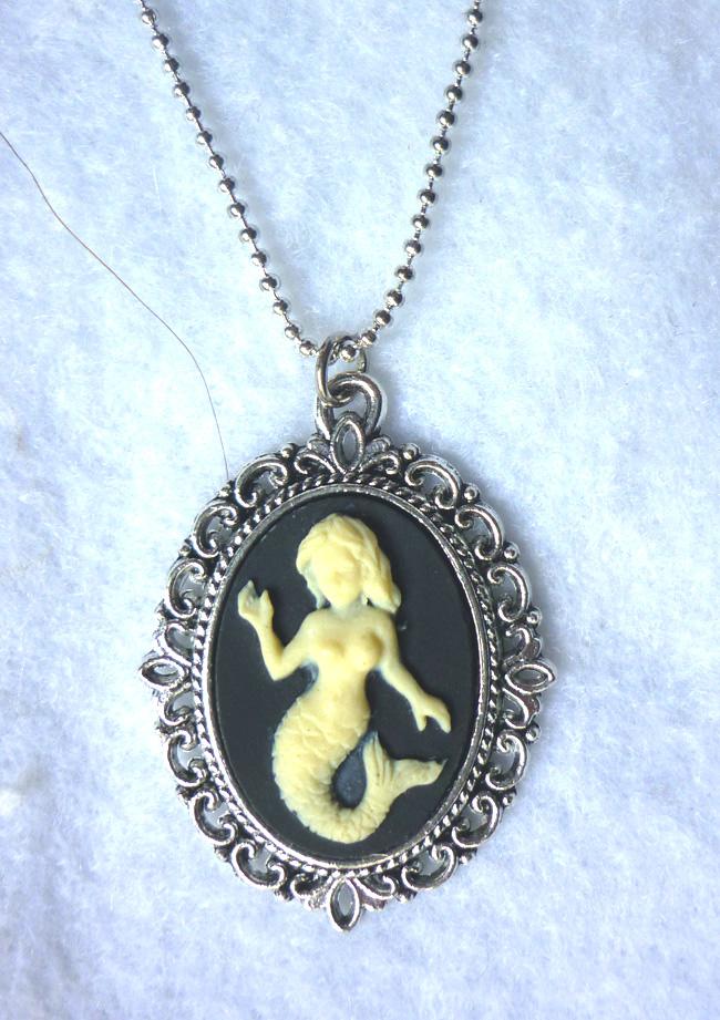 ivory_mermaid_on_black_necklace_elvish_victorian_gothic_wedding_shabby_medieval_necklaces_4.JPG