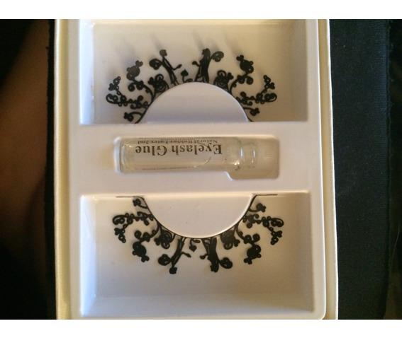 unique_organic_design_die_cut_paper_eyelashes_makeup_2.JPG