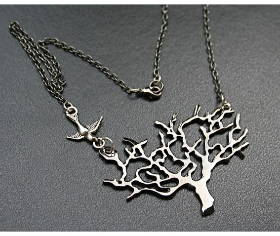 tree_death_necklace_necklaces_2.jpg
