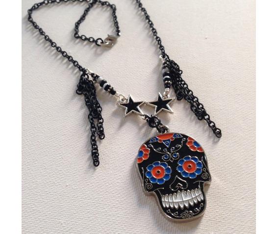 dark_sugar_skull_stars_necklace_necklaces_3.jpg