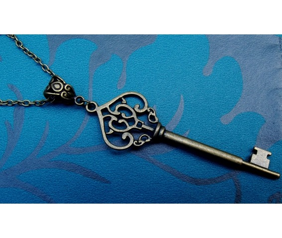 gothic_steampunk_bronze_plated_large_key_choker_necklaces_2.jpg