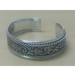 Bangle Cuff Bracelet Women Stainless Steel Antique Old Thai Design Pattern Emboss Twine Strand Silver Color
