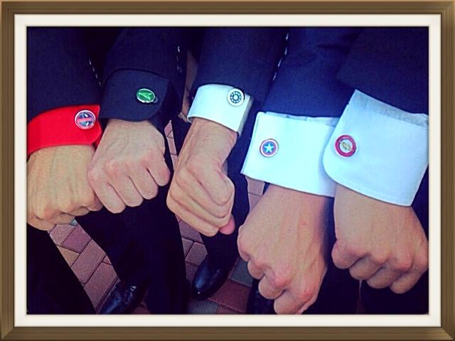 avenged_sevenfold_new_red_logo_cuff_links_men_weddings_grooms_groomsmen_gifts_dads_graduations_cufflinks_4.jpg