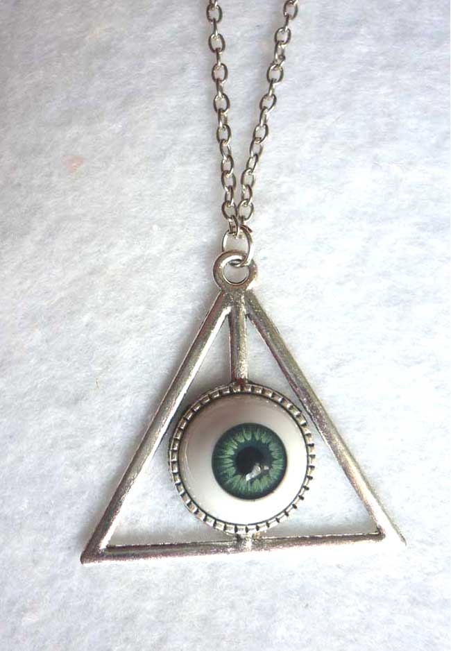 nec_deum_nec_dominum_dark_blue_eye_long_necklace_esoteric_evil_witch_halloween_wicca_goth_necklaces_6.JPG