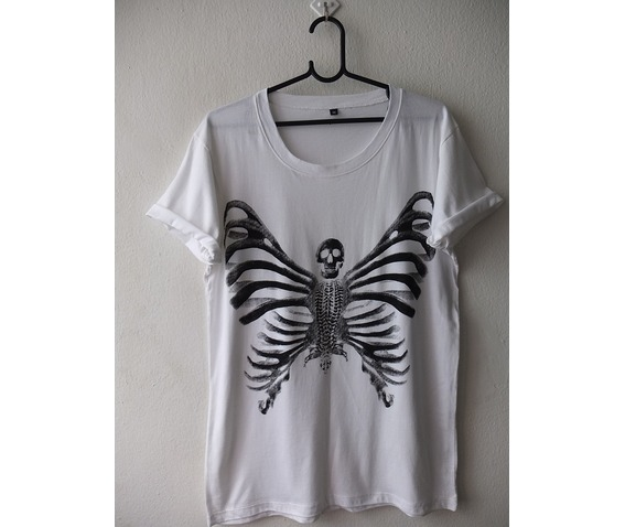 butterfly_skull_fashion_indie_pop_rock_t_shirt_m_shirts_2.jpg