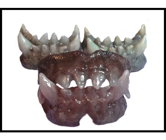 sfx_prosthetic_creature_dentures_costumes_and_masks_2.jpg