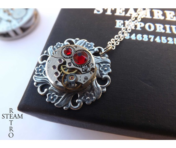 house_tudor_steampunk_rose_necklace_steampunk_jewelry_bt_steamretro_necklaces_5.jpg
