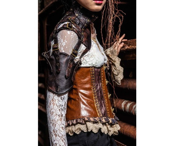 leather_monosleeve_by_red_queen_gloves_2.jpg