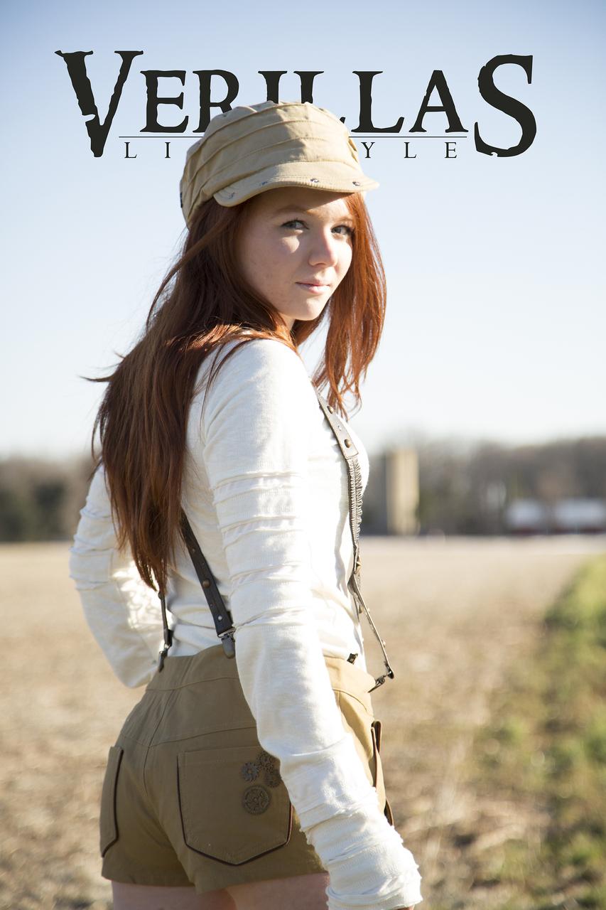 red_queen_aviator_shorts_khaki_shorts_and_capris_4.jpg
