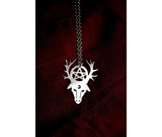 free_another_item_pagan_wicca_pentecle_pan_deer_metalwork_pendant_pendants_5.jpg