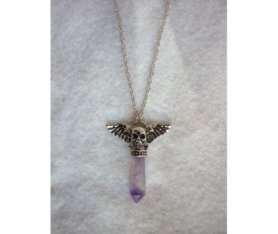 the_pale_amethyst_pendulum_strigoi_necklace_ii_pagan_wicca_dark_mori_skull_wings_mystic_reiki_chakra_necklaces_5.JPG