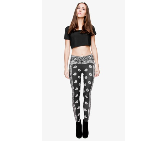 black_pattern_tight_leggings_leggings_5.PNG