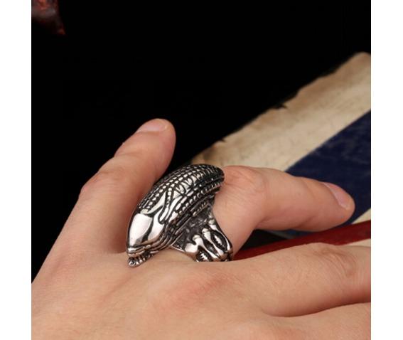 alien_avp_finger_ring_rings_5.jpg
