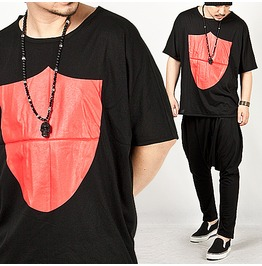 Special Price Red Shield Symbol Accent Loose Tee 50